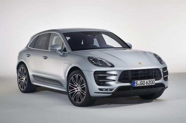 Porsche Macan Turbo'ya performans paketi