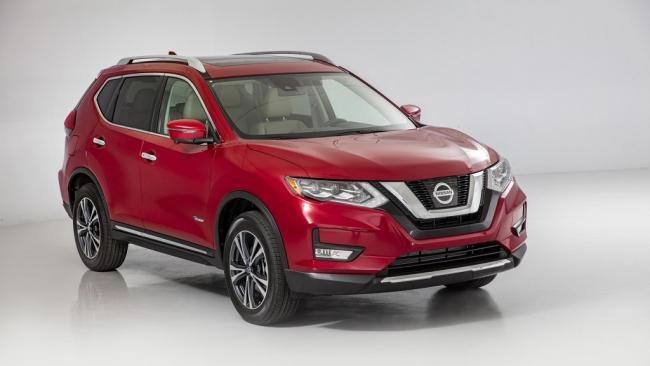 Nissan X-Trail'in ikizi Rogue makyajlandı