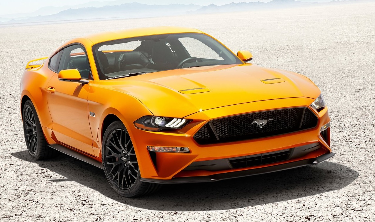 Ford Mustang yenilendi.
