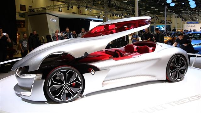 Son model otomobiller İstanbul Autoshow'da