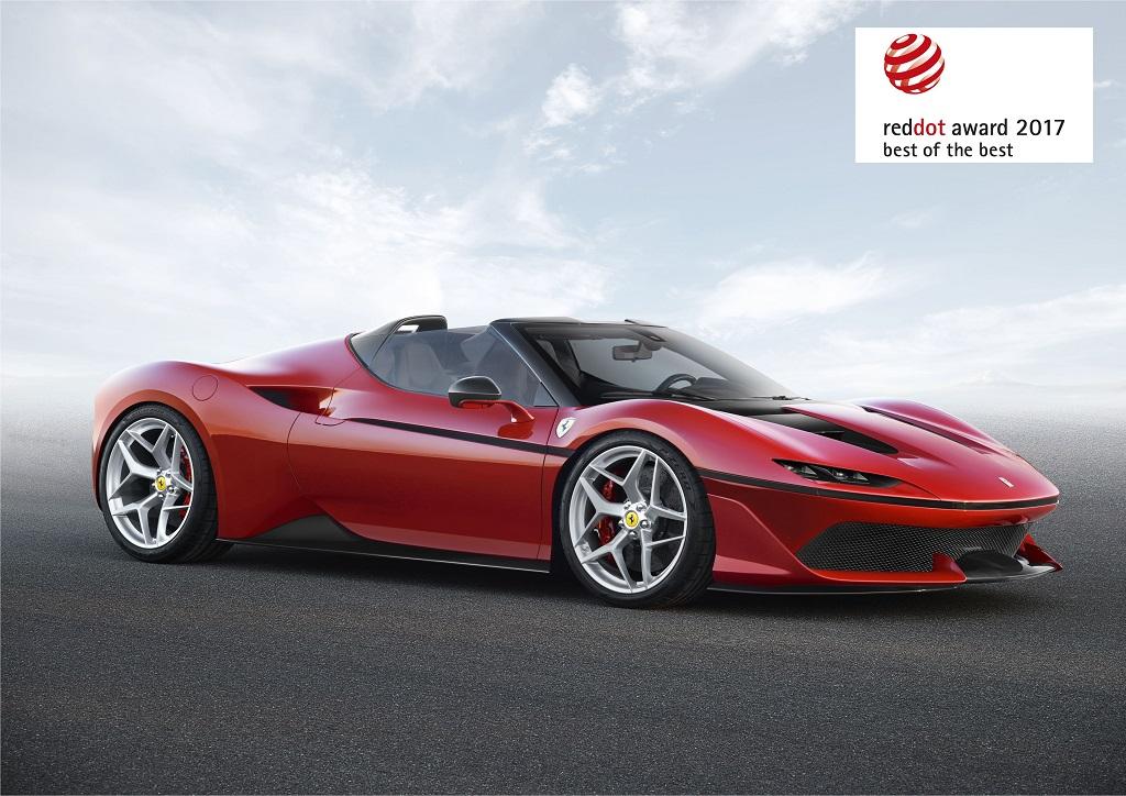 Ferrari modellerine tasarım ödülü yağmuru