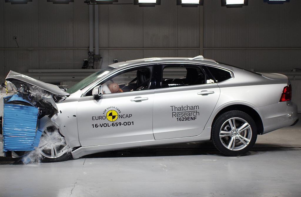 Euro NCAP'ten yeni karar!