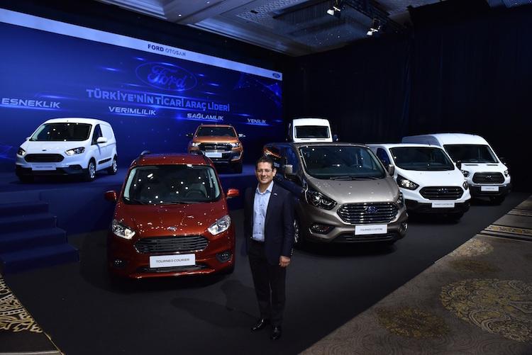 Ford ticari ailesinin en yeni üyeleri bir araya geldi