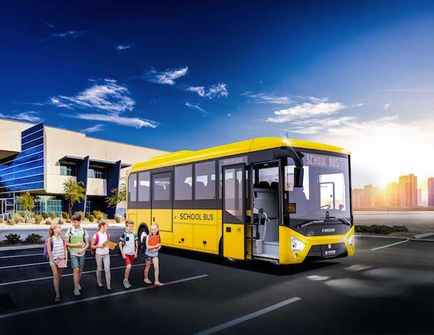 Karsan'dan öğrenci dostu yerli otobüs