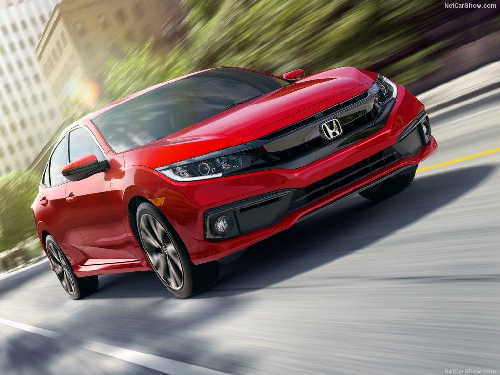 Honda Civic Sedan Amerika'da yenilendi