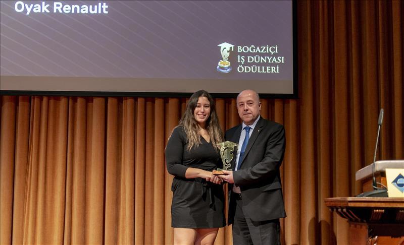 Oyak Renault 'Yılın Şirketi' seçildi
