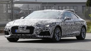 Yeni Audi A5, perdelerini araladı