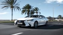 Lexus'un yeni modelleri GS ve RC ülkemize adım attı