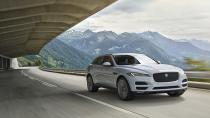 Jaguar F-Pace 10 yaş gençleştiriyor