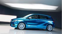 Mercedes'in elektrikli otomobilleri geliyor