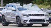 Yeni Grand Cherokee SRT, kamuflajsız yakalandı