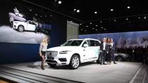 Volvo'nun otonom sürüşünü müşteriler test edecek.