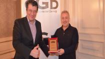OGD'den Okan Altan'a Özel Ödül