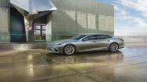 Yeni Lexus LS Cenevre'yi bekliyor