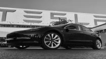 İlk Tesla Model 3 banttan indi!