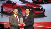 Türkiye ikinciliği ödülü Honda Plaza Haldız'ın