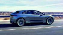 Jaguar SUV I-PACE, tam şarj ile 480 km yol katediyor!