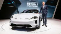Cenevre'den: Porsche, Mission E Cross Turismo ve 911 GT3 RS'i tanıttı!