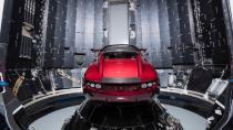 Uzaya çıkan Tesla'da yerli parçalar kullanılmış