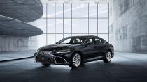 Lexus ES lüks ve sportifliği yeniden harmanlıyor