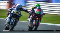 Moto2'de Fenati, rakibinin frenini sıktı!