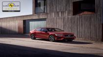 Volvo S60 ve V60 Euro NCAP testlerinden 5 yıldız güvenlik derecesi aldı